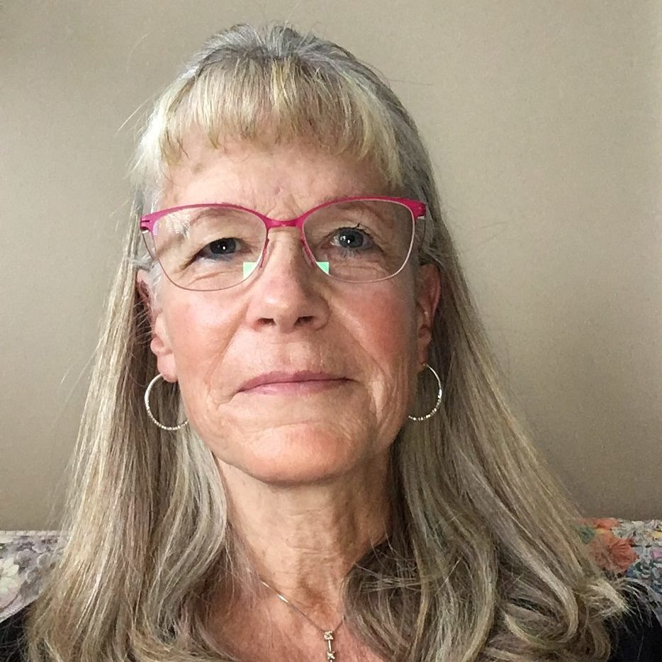 Photo of Elaine Denny
